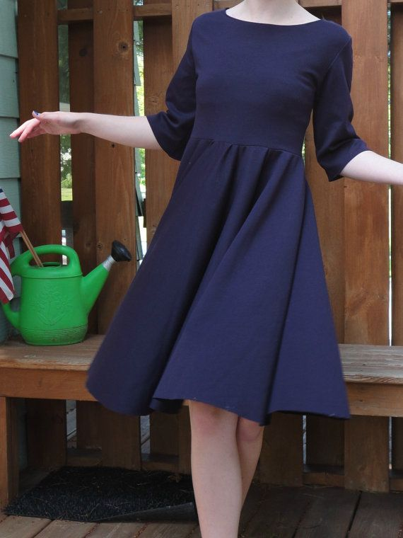 Kiki's Delivery Service inspired dress. Knee length. Beautiful purple color.