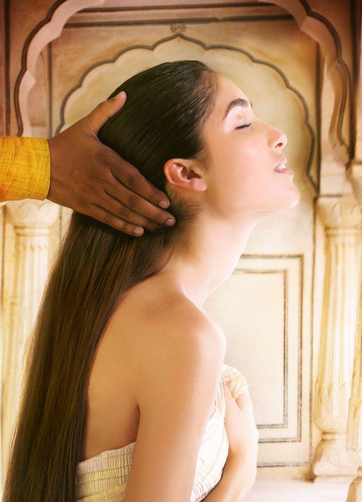 Ervaar Aveda's high-touch filosofie, haarkleuring, haarverzorging, huidverzorging en lichaamsverzorging en make-up die tot 100% natuurlijk zijn.
