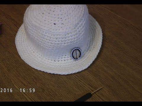 Простая шляпка крючком за один вечер.