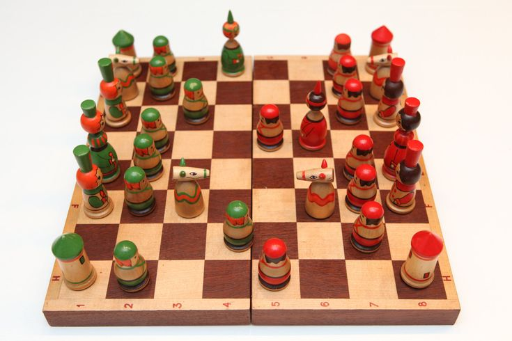 Vintage Original Soviet Hand Painted Chess Set from Soviet Union-Russia(St. Petersburg)-Made in USSR-1980's-Schachspielset aus UdSSR-(22) von SovietGallery auf Etsy