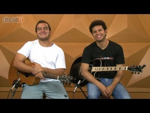 """Video aula de violão com o Patrick Blancos e o Gustavo Fofão do CifraClub com a música """"Terra de Gigantes"""" – Engenheiros do Hawaii."""