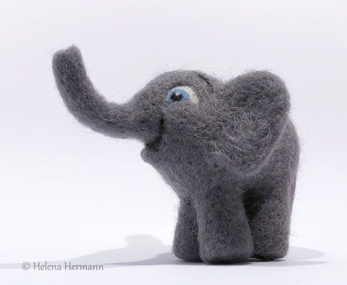 Filzelefant by Helena Hermann, Needle Felted Elephant