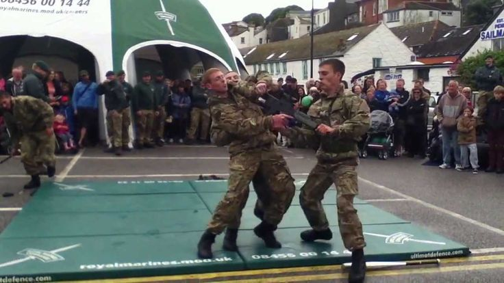 Royal Marine Commandos- HAND TO HAND COMBAT