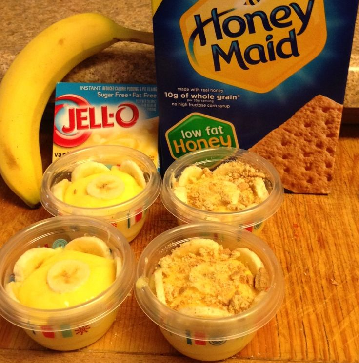 Mini banana cream pies....sweet guilt free treat. Make One package sf/ff vanilla pudding, slice up one banana and divide up into 4 servings. Top with crushed graham cracker and ff cool whip. 3 ww+ points
