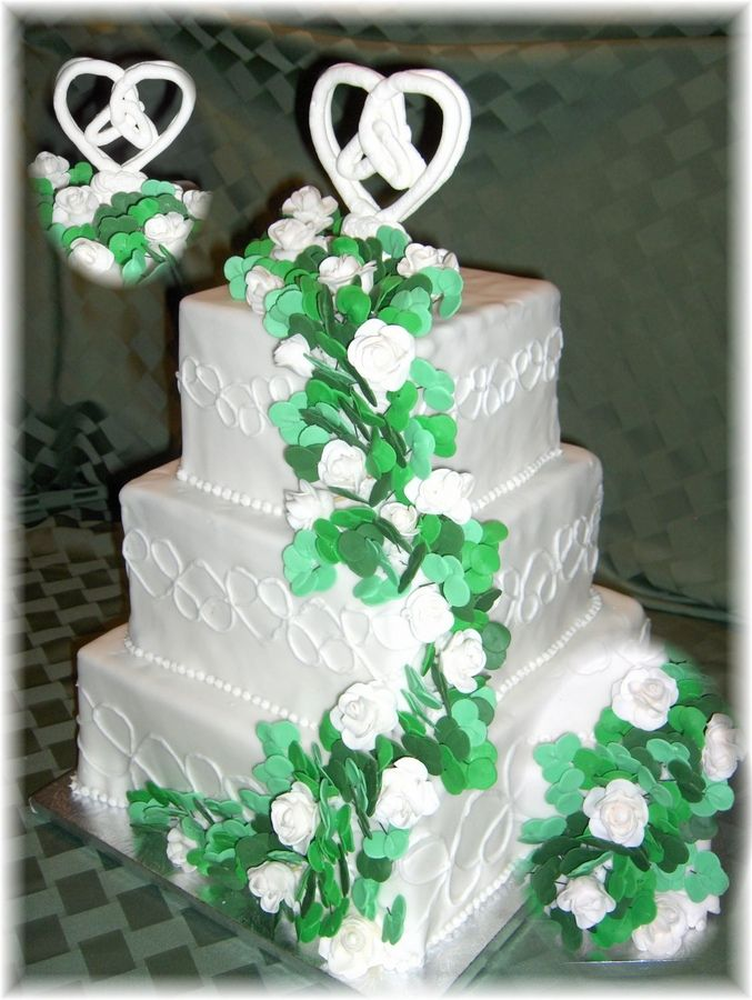 18 Best Irish Wedding Cake Images On Pinterest