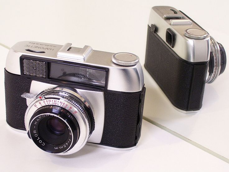 Haponette automatic 35mm camera Pronto-LK shutter B,15-500 speed with Color-Haponar f2.8/45mm lens, Made in Germany Hanns Porst, 1960s
