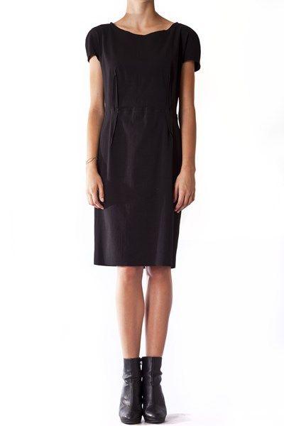 http://www.vittogroup.com/prodotto/lanvin-paris-vestito-nero-2/