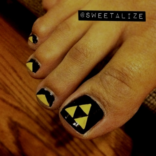 Triforce nails!