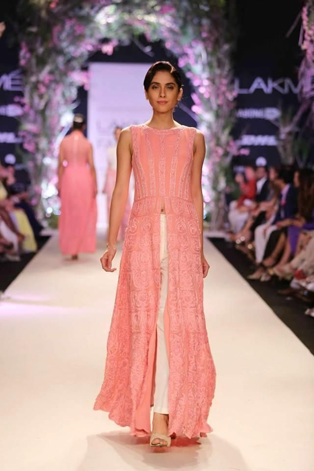 Lakme Summer Resort 2014 Manish Malhotra pink high slit suit with white pants
