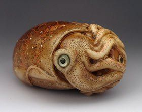 squid_fish_netsuke_2_02 Sergey Osipov (Netsuke Artist)  Incredible work.  Please visit his website to see more of his work.