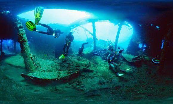 USAT-Liberty-wreckship-in-Tulamben- Bali