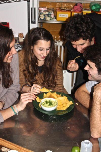 Mousse di avocado con nachos