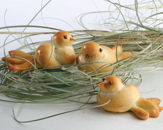 These doves are a beautiful and impressive way to serve bread at your Easter dinner.