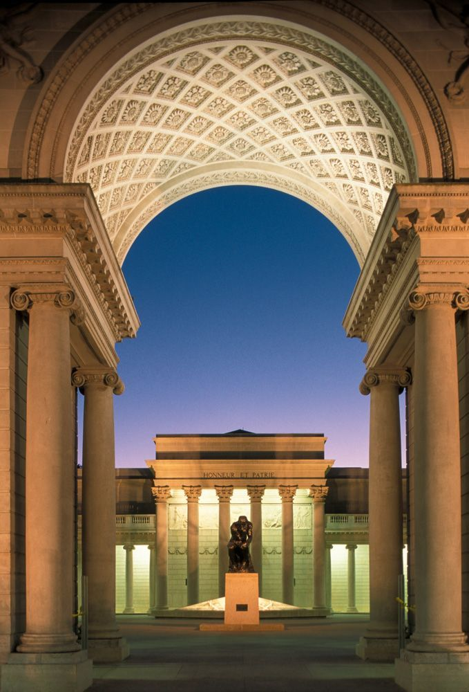 San Francisco, California. Palace of the Legion of Honor, a part of the Fine Arts Museums of San Francisco. ©️️️️ Roberto Soncin Gerometta