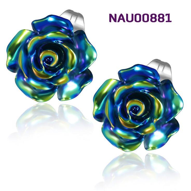Náušnice NA00881 s motivem kytičkek. Náušnice pecky jsou vyrobené z chirurgické oceli 316l. http://www.piercingate.cz/nausnice-ve-tvaru-kyticky-nau00881
