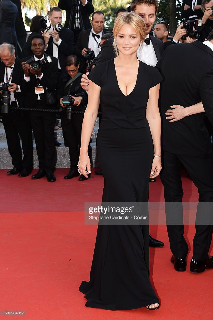Photo d'actualité : Actress Virginie Efira attends the 'Elle'...