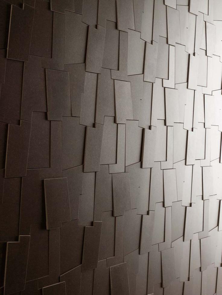 MARAZZI - SOHO Arte, geometria e fantasia: Soho ha uno stile deciso, minimale e di tendenza. La collezione in gres a tutta massa realizzata con tecnologia 'continua' presenta lastre in grande dimensione impreziosite da disegni floreali, geometrie a rilievo e moduli tridimensionali. Soho è ideale per l'utilizzo in soluzioni di continuità in tutti i tipi di ambiente, sia residenziali che commerciali leggeri.