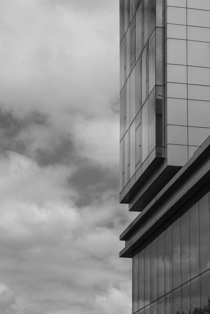 Sky reflection - Conseil Régional Nord Pas de Calais