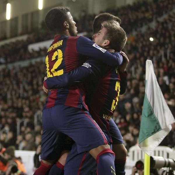 Messi y Neymar lideran la goleada del Barcelona al Elche