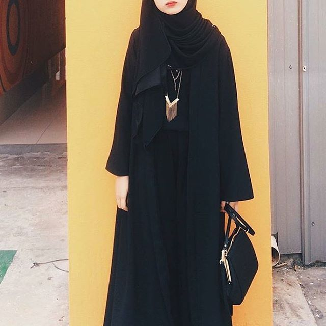 Flaura Abaya in Black • Hari Raya Haji Special get it at only $45 with courier service of $4, get it by tomorrow! • To buy: www.afriliascloset.com