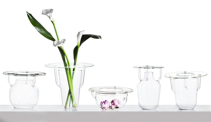 The Carry Artids Vase by Nigel Coates - SecondoMe #NigelCoates #SecondoMe #DesignGallery #Rome