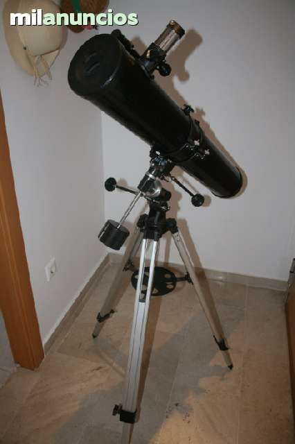 . Vendo telescopio Celestron power seeker 114EQ. En perfecto estado, casi sin usar. Caracter�sticas : - Tipo: Reflector, Montura Ecuatorial - Objetivo: 114 mm - Distancia Focal: 900 mm - Oculares/Aumentos: 4 (x225) - 20 (x45) - Barlow: 4 x 675 - 20 x 1