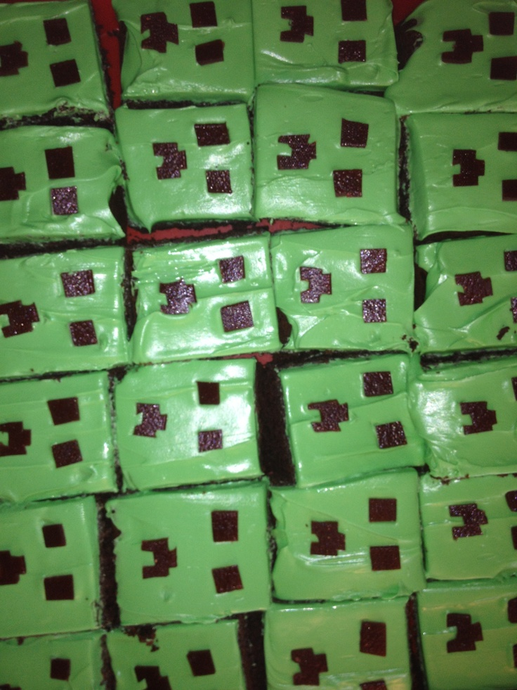Mine Craft Creeper Cupcakes