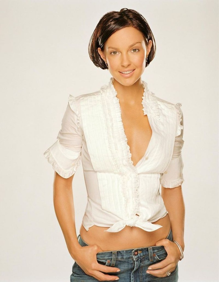 Polished Ashley Judd...  Magnificent Hairstyles...   In 2011, Judd co-starred with Patrick Dempsey in the film Flypaper.