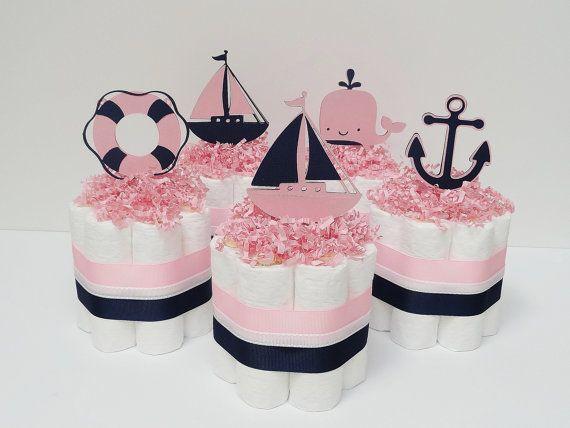 Gâteaux de couches Mini nautiques bleu marine et rose bébé douche pièce maîtresse