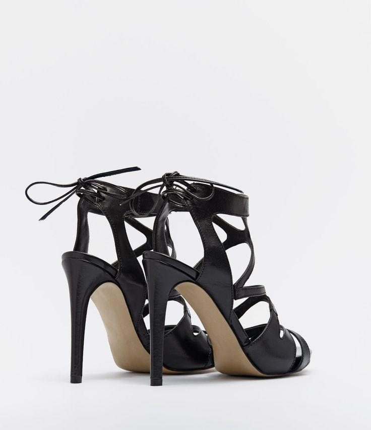 PoiLei »Fenja« High-Heel-Sandalette, im angesagten Boho Stil, braun, braun