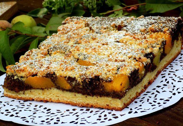 Domowa Cukierenka - Domowa Kuchnia: makowiec z brzoskwiniami (na drożdżowym cieście)