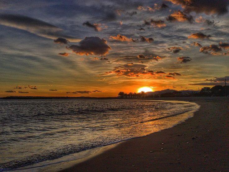Sunset Beach. #luisjardi #beach #sunset #luis_jardi #sfxcentral #sounddesigner #sounddesign #beats #cubase #logicprox #protools #soundeffects #zoom #zoomf8 #sounddevices