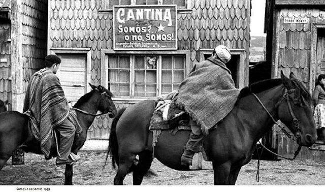 1959, Chiloe, somos? o nó somos! del fotografo Antonio Quintana