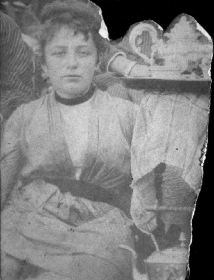 Camille Claudel vers 30 ans