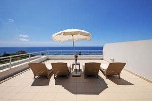 Seven Night Couples Spa Break: Seven nights accommodation in a Superior Sea view room, buffet breakfast… #Hotels #CheapHotels #CheapHotel