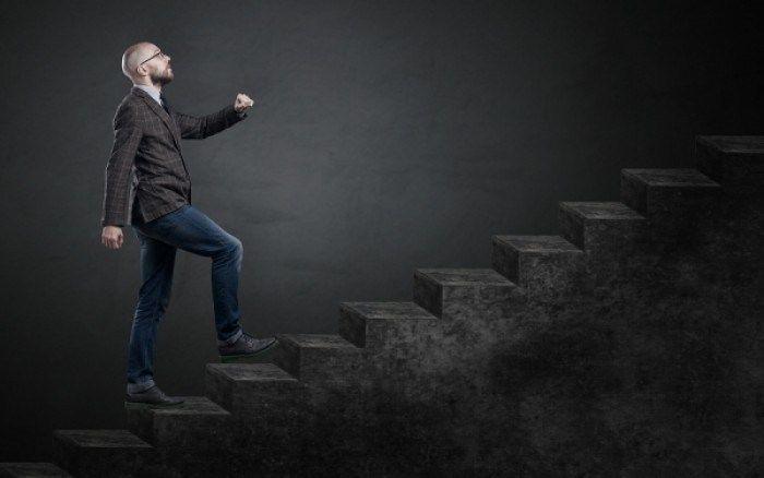 Ενοχλήσεις στο γόνατο: Ποια προβλήματα φανερώνουν