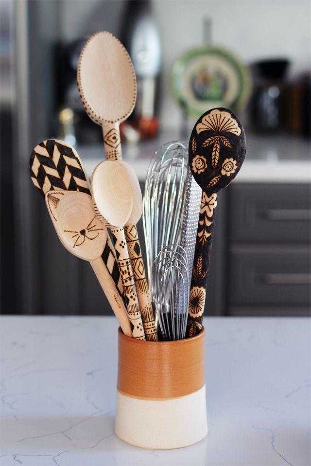 DIY Tutorial : How To Make Wood Burned Spoons
