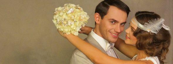 """Вдохновленные прошлогодним фильмом """"Великий Гэтсби"""" (""""Great Gatsby""""), мы создали концепцию, с которой Вы можете ознакомиться на нашем сайте - свадьба по мотивам фильма Great Gatsby (Великий Гэтсби) или современный свадебный стиль арт-деко. Все подробности съемок мы покажем и расскажем Вам чуть позже: кто принимал участие, как это создавалось и как это можно применить для Вашей свадьбы. Пока лишь представляем Вам backstage съемочного дня."""