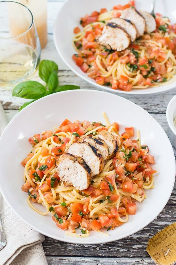 Chicken Bruschetta Linguine | Plum tomatoes, fresh basil & a splash of cream!