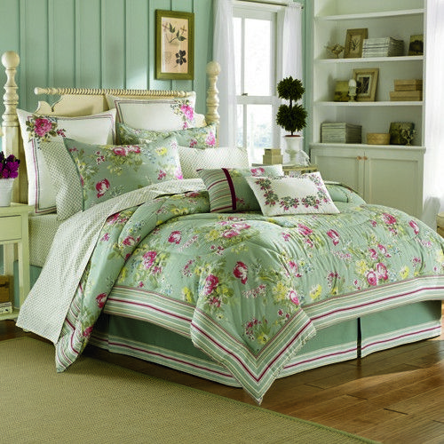 http://www.home-decorating-co.com/laura-ashley-eloise-queen-comforter-set-195914.html