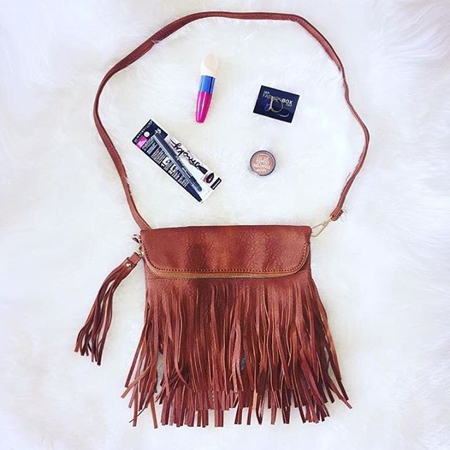 We are loving the Good Vibes Bag, now available online at herfashionbox.com for $59.95! Hurry before it sells out x