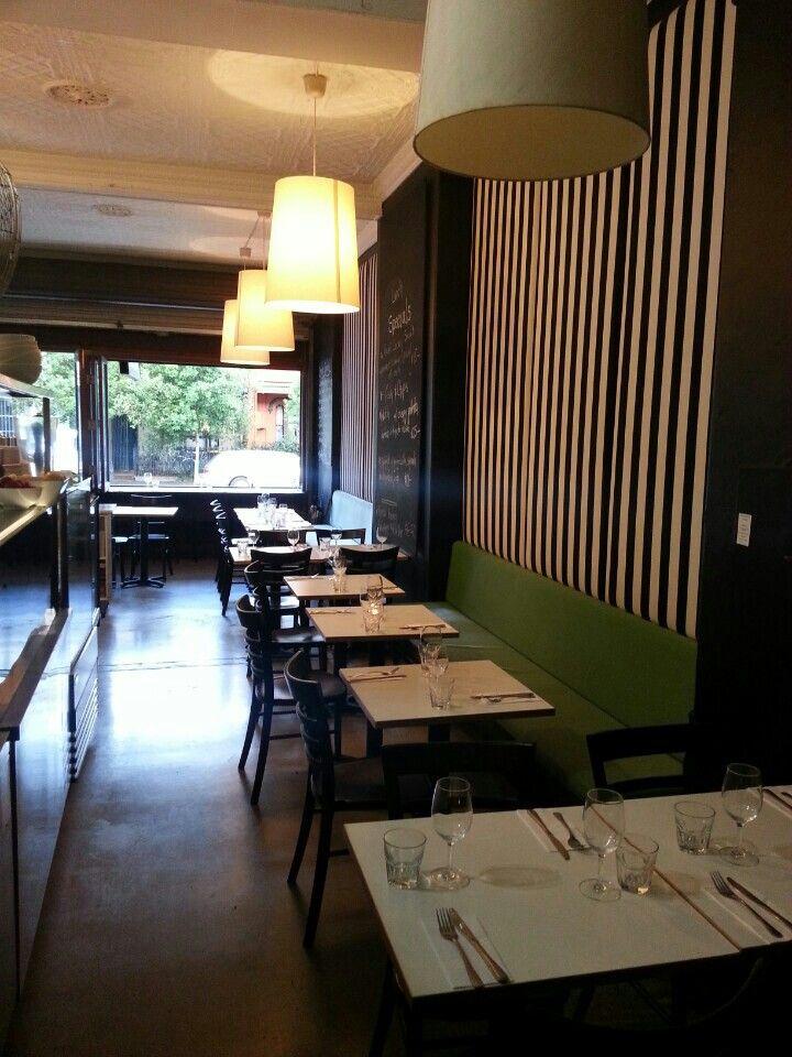 96 Pitt St Diner à Redfern, NSW - Good restaurant for diner, special tips : profiterolles not to be missed!