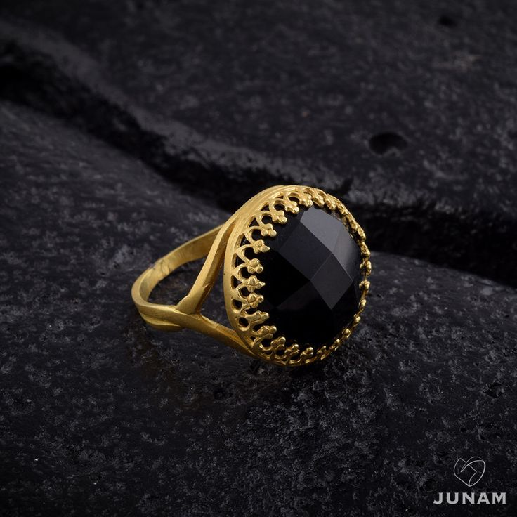 Black Onyx Gold Ring January Birthstone Designer Band Crown Setting Rose Cut Large Stone