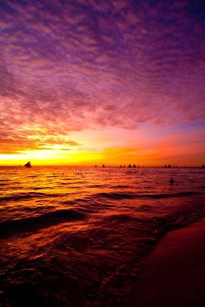 Boracay, Filippinerna - solnedgång. Res dit med oss! Klicka på bilden för att läsa mer. :)