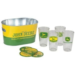 Quench your thirst with this vintage John Deere Pint Glass Gift Set | WeGotGreen.com