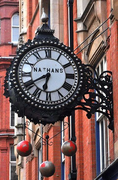 Nathans clock 31 Corporation Street Birmingham. at the Nathan Jewellery shop