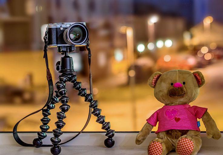 Sony takes Fuji's portrait :) by Aziz Nasuti on 500px