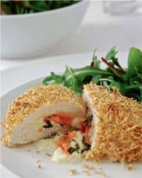 Chicken breast stuffed with basil, mozzarella, and tomato - hellomagazine.com
