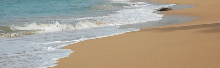 The beach in Induruwa is one of the ideal places for swimming and sun bathing in utmost relaxation