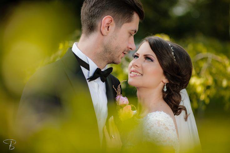 Andreea & Ovidiu by Bogdan Terente